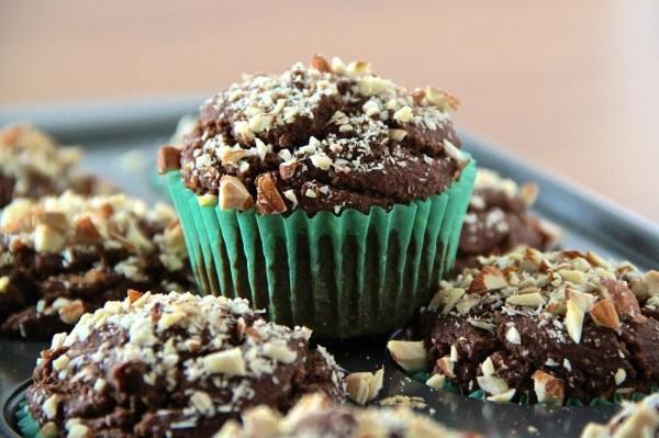 chocolateavocadomuffins