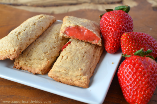 cereal-bars-with-strawberries