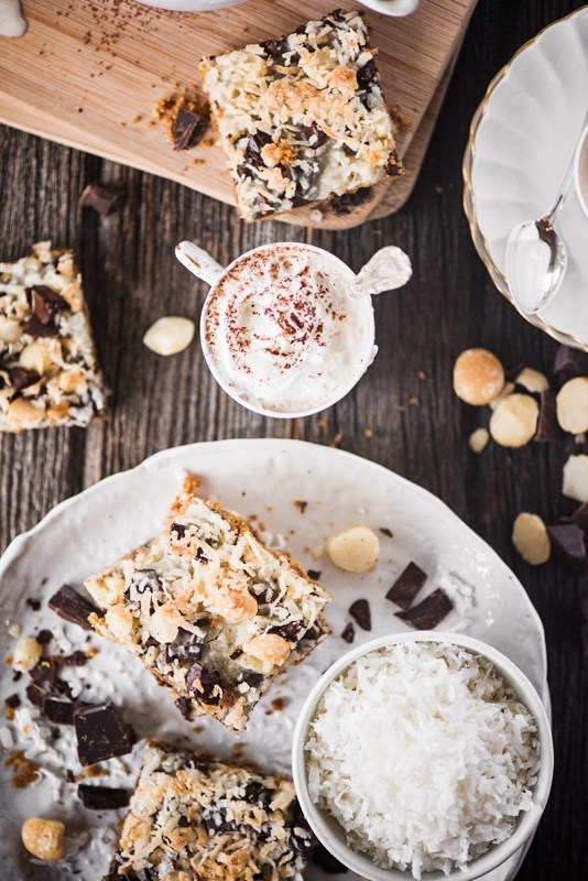 Toasted-Coconut-Macadamia-Chocolate-Bars-5