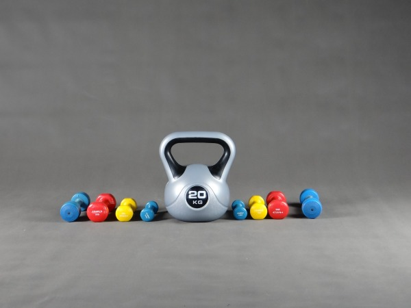 home-workout-kettlebell