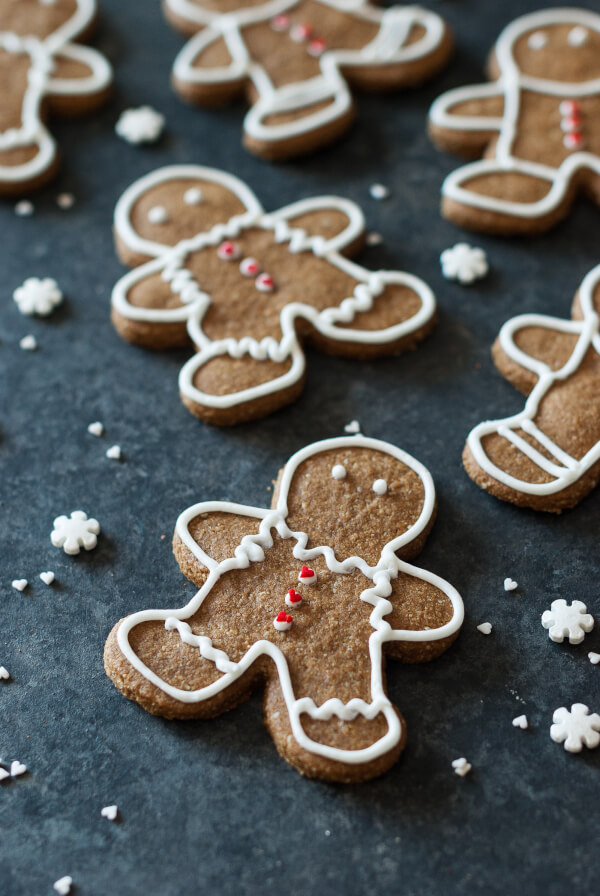 paleo-gingerbread-cookies-2
