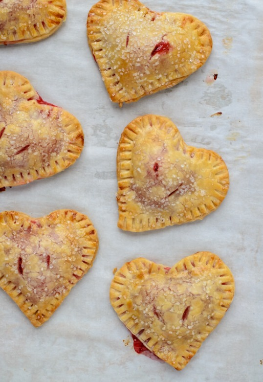 easy-heart-shaped-strawberry-hand-pies