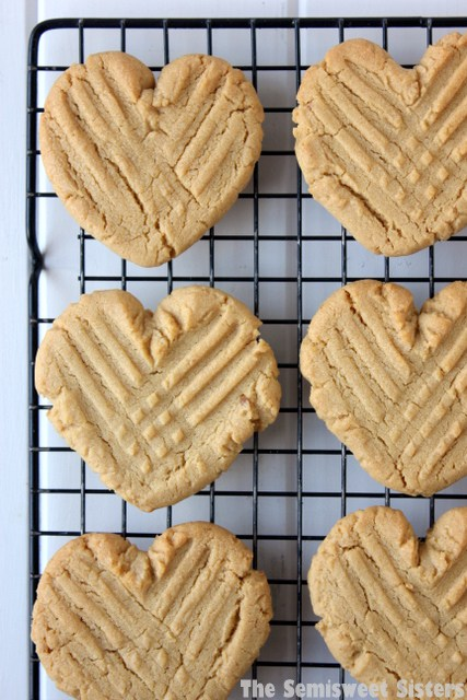 heart-shaped-cookies