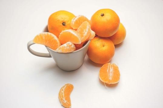 39 Healthy Road Trip Snack Ideas-fruit