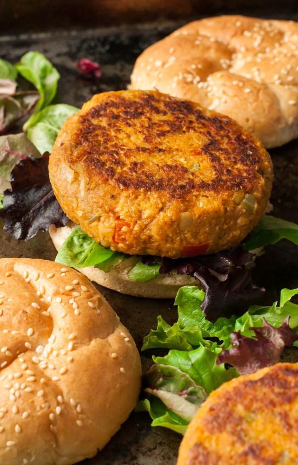 homemade-cajun-chickpea-veggie-burgers-cajun-chipotle-aioli-recipe-0973