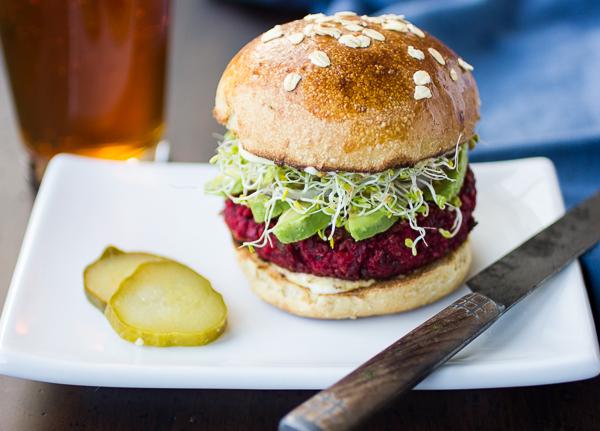 quinoa-chickpea-beet-burgers-3