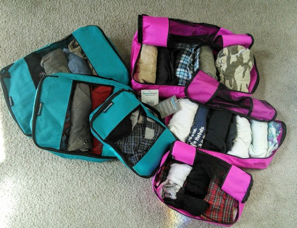 travelwise-packingcubes-suitcase-momknowsbest2